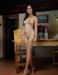 Li Moon nude in glamour..