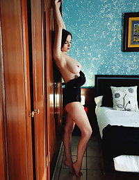 Maible nude in erotic TWIN..