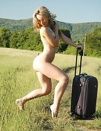 Nude blond generalized..