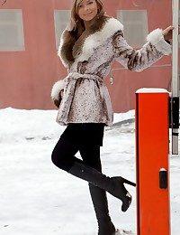 Paloma B Away from Rylsky..