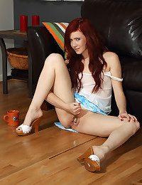 SUGAR Vulva with Elle..