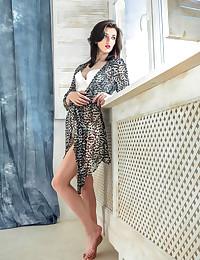 Lara D naked in glamour..