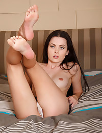 Amelie B naked in softcore..
